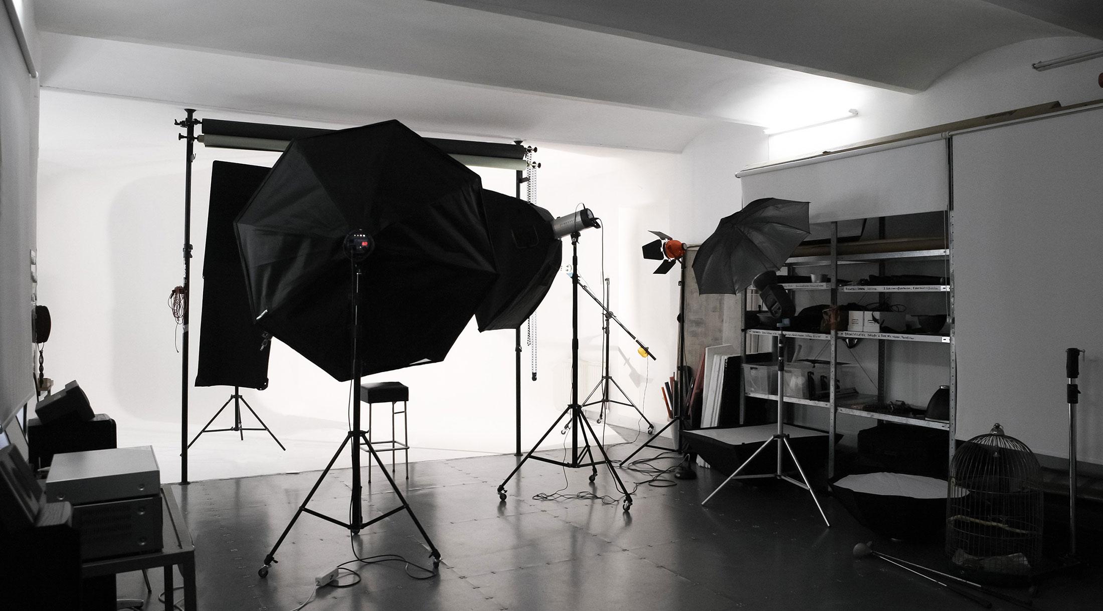 Fotostudio mieten in Wien für Fotografie, Film, Castings, Coachings, Workshops: FOTOLOFT WIEN