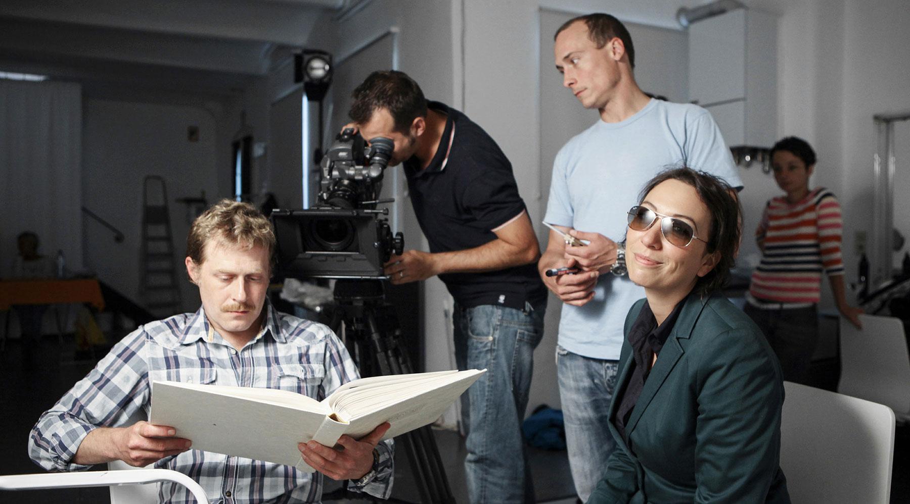 """FILMSTUDIO WIEN - FOTOLOFT -Dreharbeiten für """"Schnell ermittelt"""""""